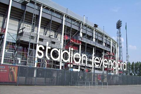 Hand in hand kameraden, leve Feyenoord één