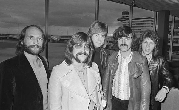 Moody Blues, Wikipedia
