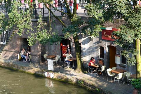 Italiaanse gastvrijheid in restaurants op z'n Nederlands